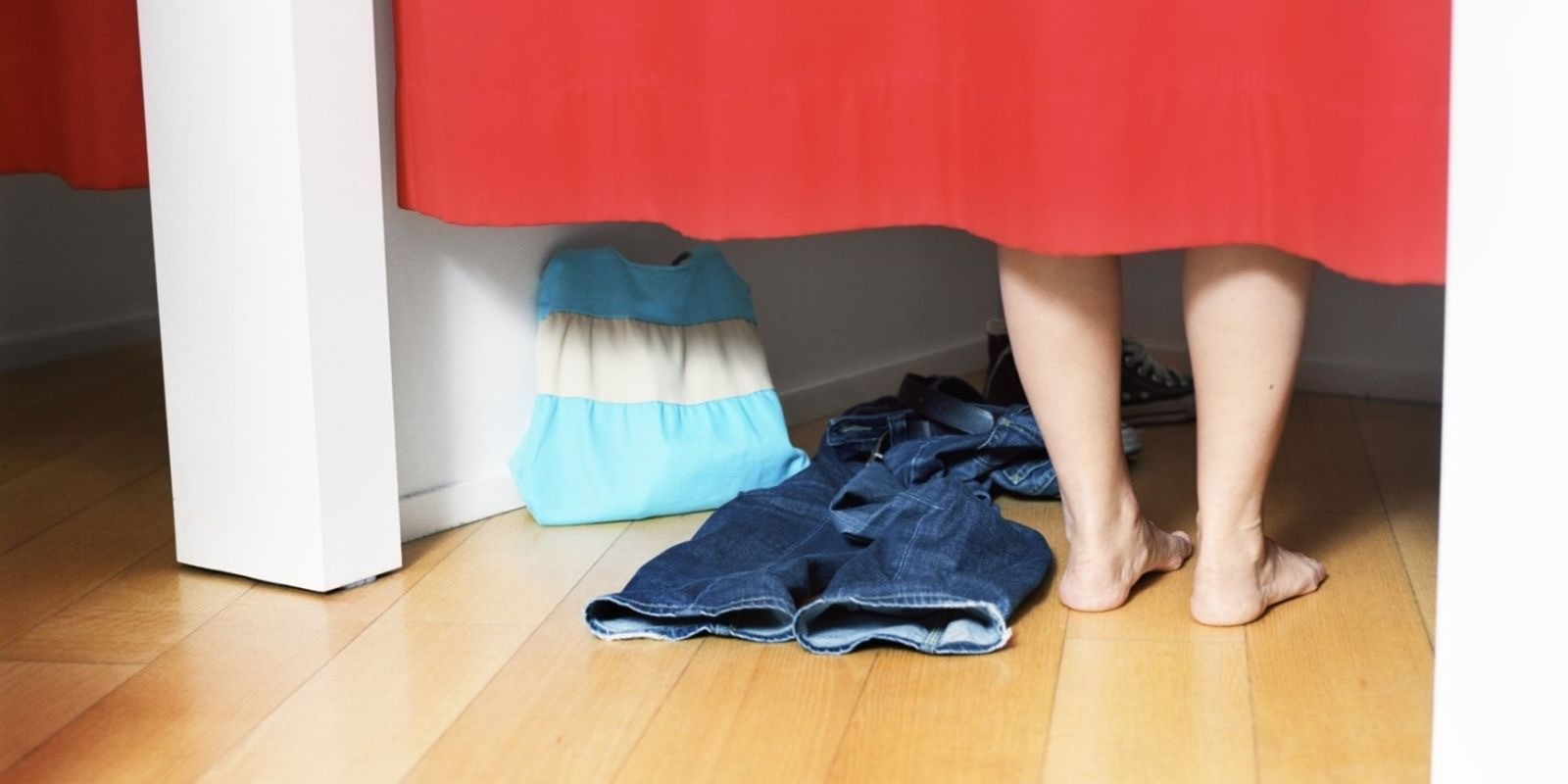 The 6 Most Beastly Horrors of Women's Fitting Rooms