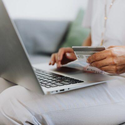5 Ways Amazon Doesn't Play Fair